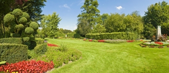Calgary_Services_Landscaping_705x309