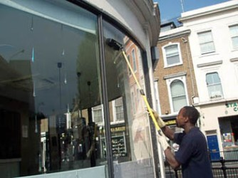 window cleaning using reverse osmosis technology